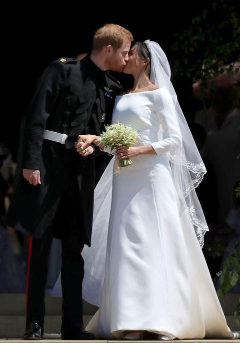 Bride, Wedding dress, White, Marriage, Gown, Bridal clothing, Ceremony, Wedding, Veil, Dress,
