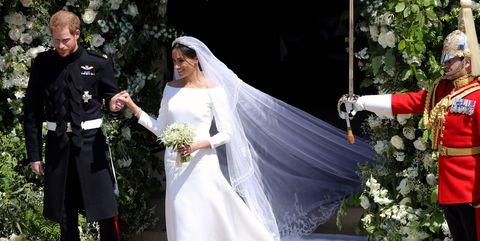 Wedding dress, Veil, Bride, Ceremony, Marriage, Gown, Bridal clothing, Bridal veil, Wedding, Bridal accessory,