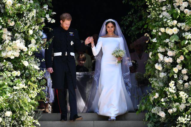 過去10年間のセレブのウエディングドレスについて調査したところ、最も高い人気を得ているのは、メーガン妃とキャサリン妃のドレスであることが判明。英国内のインターネットの検索件数を分析した結果、月間平均が最も多かったのはメーガン妃、次に多かったのはキャサリン妃のウエディングドレスだった。