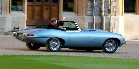 Land vehicle, Vehicle, Car, Coupé, Convertible, Classic car, Sports car, Jaguar e-type, Automotive design, Sedan,