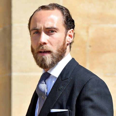 Hair, Suit, Facial hair, Beard, Chin, Formal wear, Tuxedo, Moustache, White-collar worker, Businessperson,