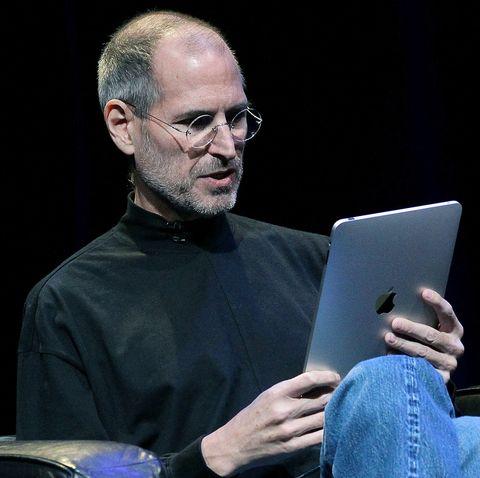 Netbook, Laptop, Technology, Electronic device, Glasses, Speech,
