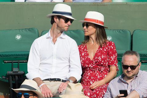Hat, Headgear, Fashion accessory, Sun hat, Fedora,