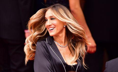Hair, Face, Blond, Beauty, Hairstyle, Lip, Long hair, Fashion, Layered hair, Brown hair,