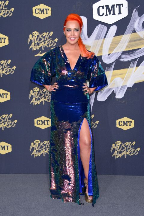 2018 CMT Music Awards - meghan linsey