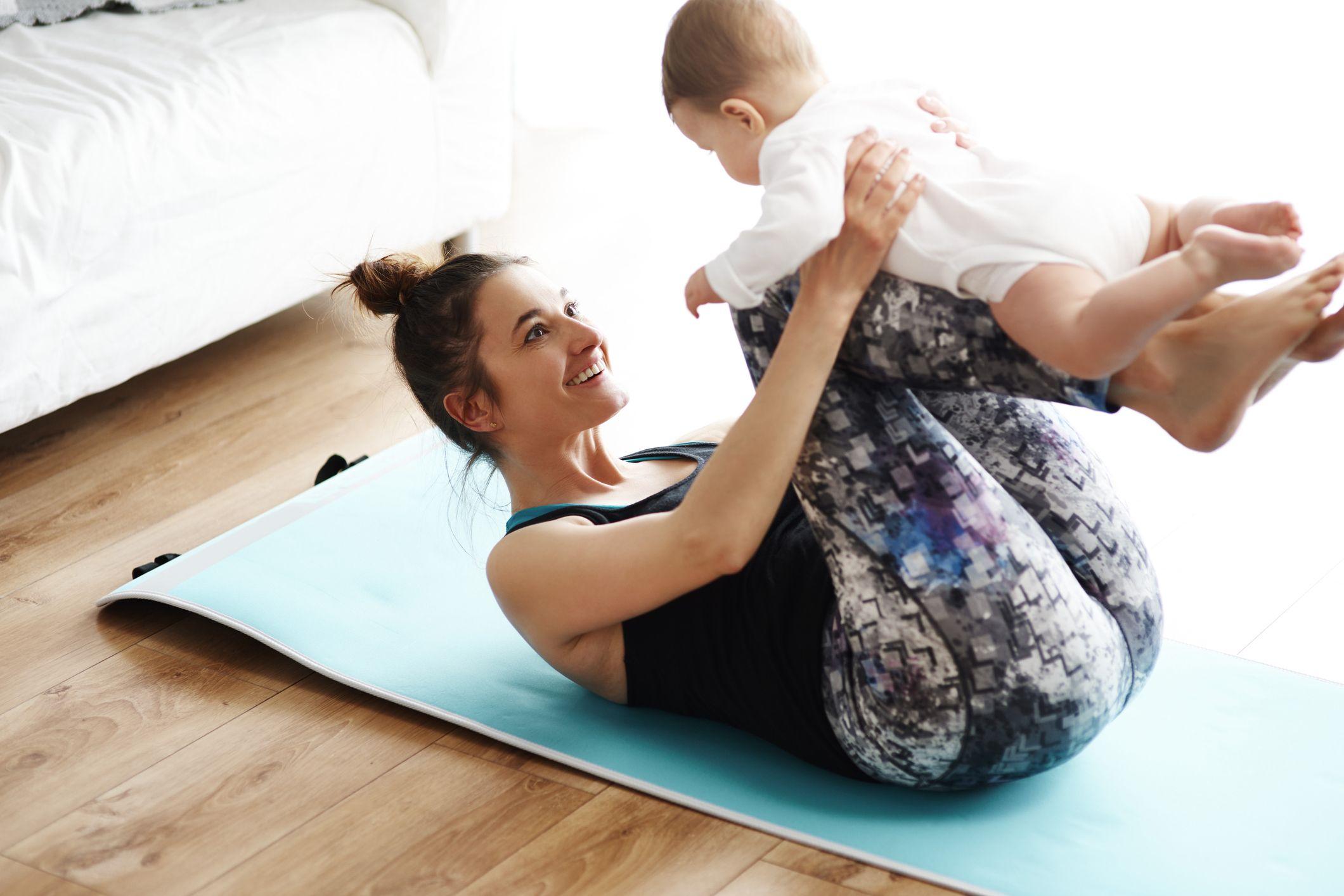 The 5 Best Nursing Sports Bras for New Moms