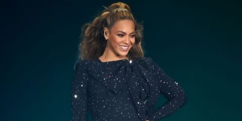 36bca8512f Beyoncé Finally Shut Down Pregnancy Rumours On Stage With One Swift ...
