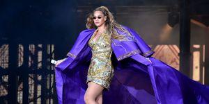 Beyonce, podium, on the run II