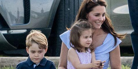 Kate Middleton In Een Zara Jurk Deze Jurk Wil Iedereen Nu
