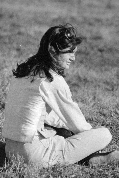 White, Photograph, Black-and-white, Black, Sitting, Grass, Monochrome photography, Monochrome, Photography, Smile,