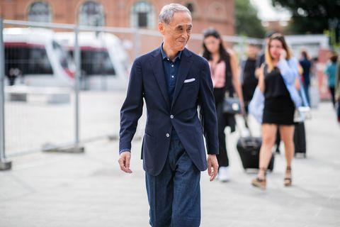 Street fashion, Suit, Blue, Fashion, Yellow, Snapshot, Street, Standing, Human, Electric blue,