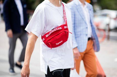 White, Street fashion, Clothing, Red, Fashion, Shoulder, Snapshot, Jeans, Joint, Eyewear,