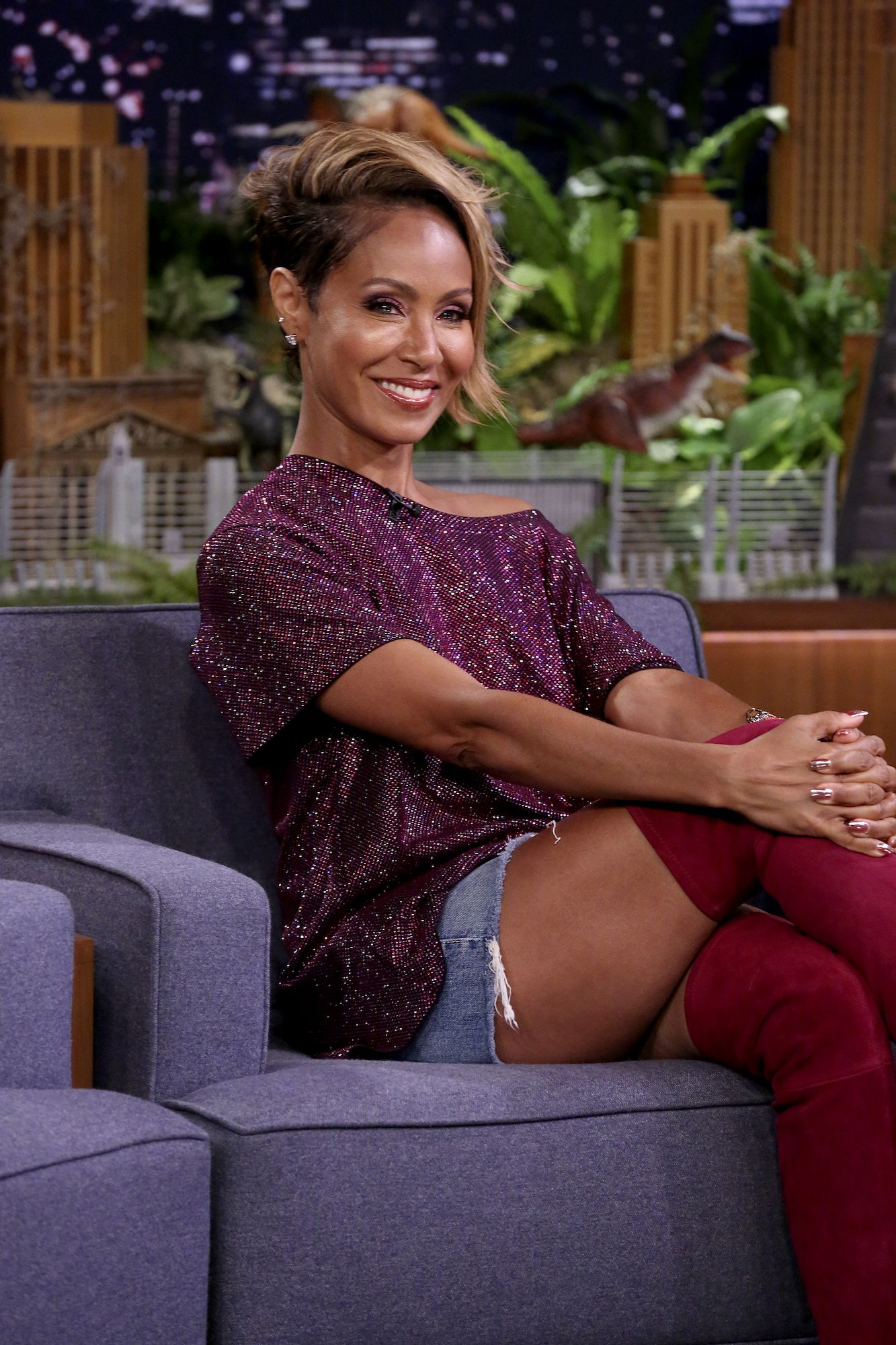 """Jada Pinkett Smith Reveals She Had a """"Porn Addiction"""" While Willow Says She Started Watching at 11"""
