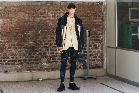 Clothing, Street fashion, Fashion, Jeans, Snapshot, Outerwear, Jacket, Footwear, Standing, Denim,