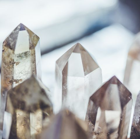 How do healing crystals work?