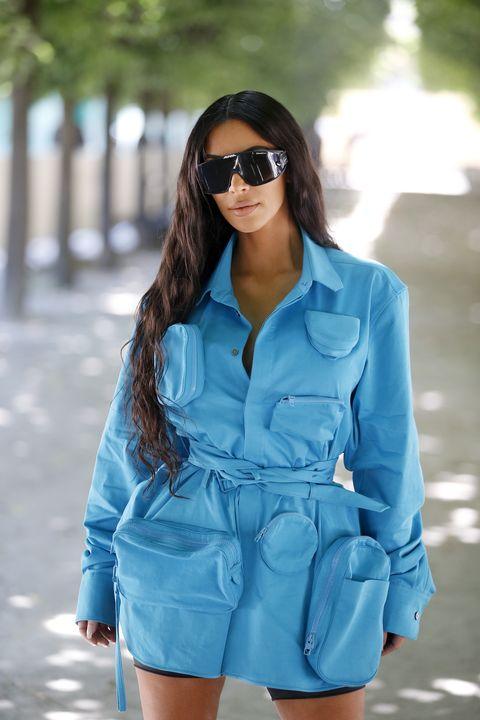 Clothing, Eyewear, Blue, Denim, Aqua, Sunglasses, Jeans, Street fashion, Turquoise, Fashion model,