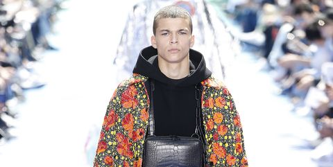Fashion, Runway, Clothing, Fashion show, Street fashion, Winter, Fashion model, Human, Spring, Outerwear,