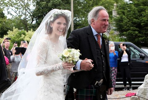 See Rose Leslie S Stunning Lace Wedding Gown Rose Leslie Wedding