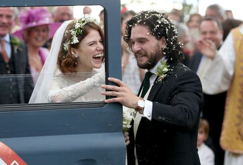 Kit Harington Wedding.Kit Harington And Rose Leslie Look So Gorgeous And So Happy Leaving