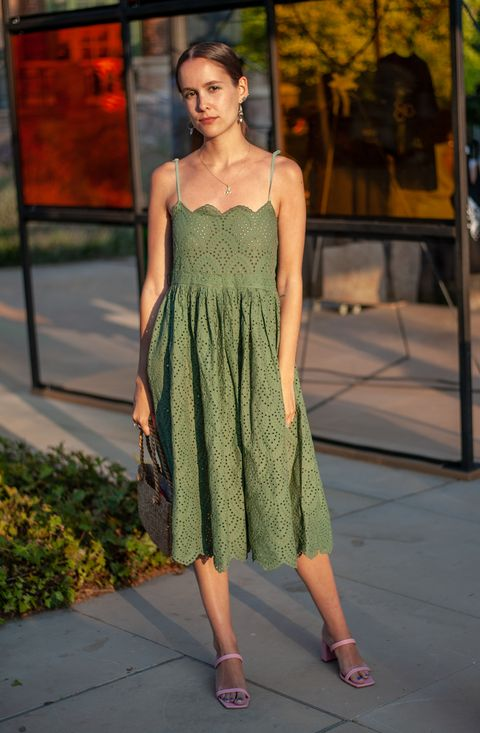 Fashion model, Clothing, Dress, Shoulder, Fashion, Day dress, Waist, Cocktail dress, One-piece garment, Photo shoot,