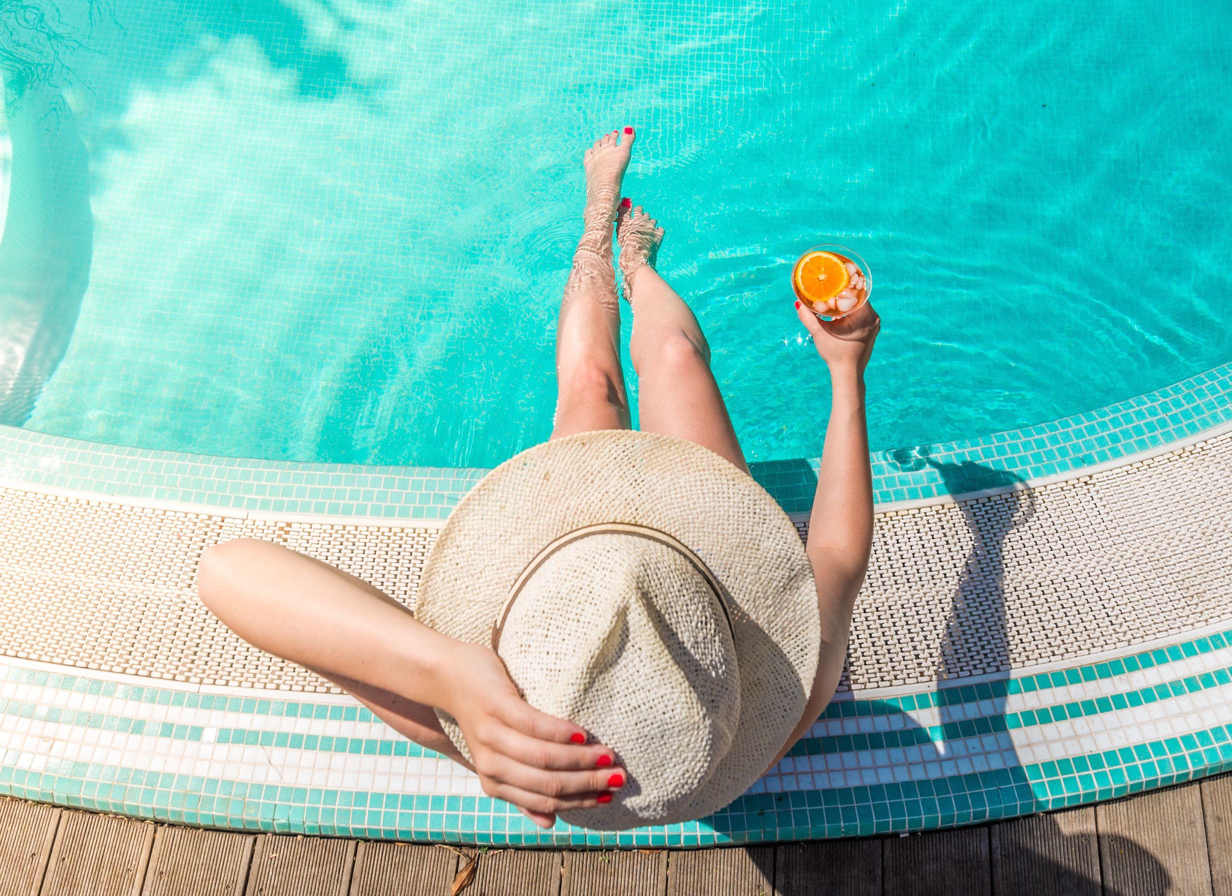 b3b3d6496 25 Best Sun Hats for Summer 2019 - Floppy, Woven Straw, More