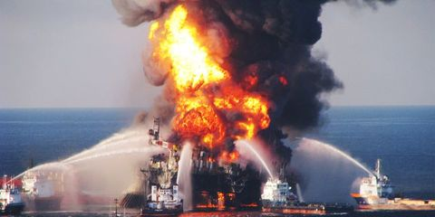 Explosion, Fire, Oil rig, Vehicle, Ship, Watercraft, Pollution, Flame, Heat,