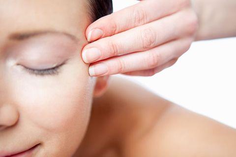初老症狀 毛孔粗大 保濕推薦 膠原蛋白