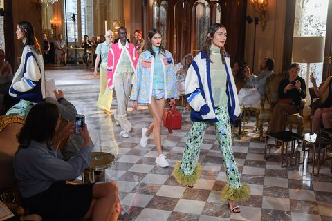 Miu Miu 2019 Cruise Collection Show : Runway - Paris