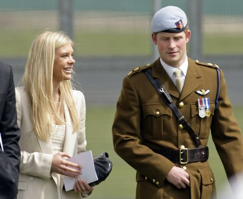 Military uniform, Uniform, Military rank, Gesture, Military officer, Military, Headgear, Military person, Official, Police officer,