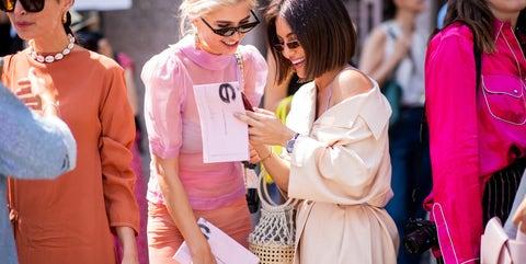 Pink, Eyewear, People, Street fashion, Fashion, Yellow, Sunglasses, Event, Outerwear, Human,