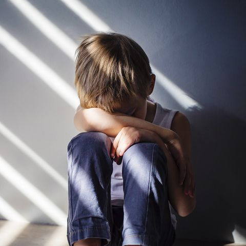Why Childhood Anxiety Often Goes >> How To Handle Anxiety In Kids Causes Signs And Solutions For