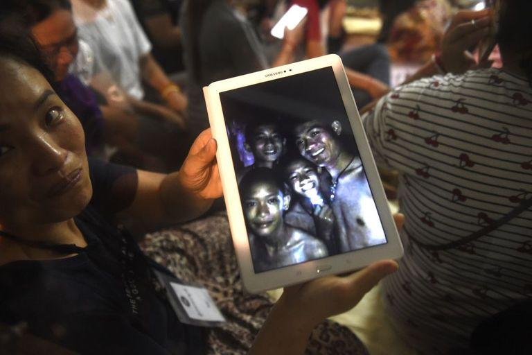 thai boys rescued ipad