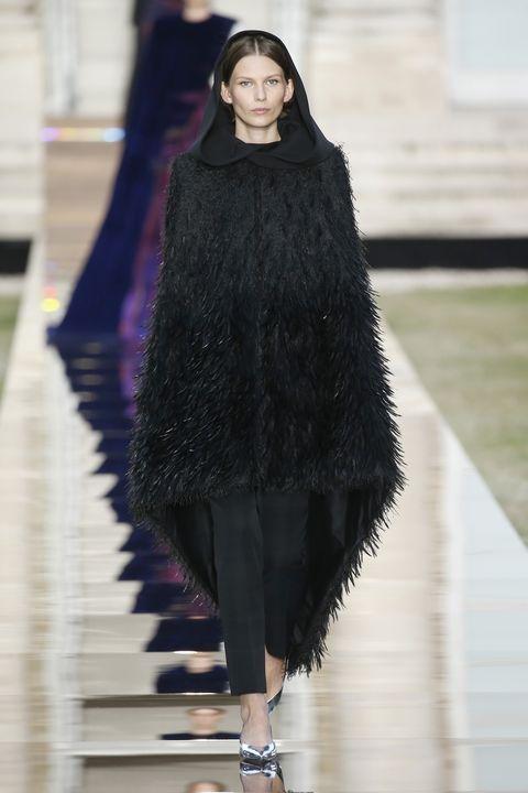 Fashion, Fashion model, Fashion show, Clothing, Fur, Haute couture, Runway, Outerwear, Fur clothing, Street fashion,