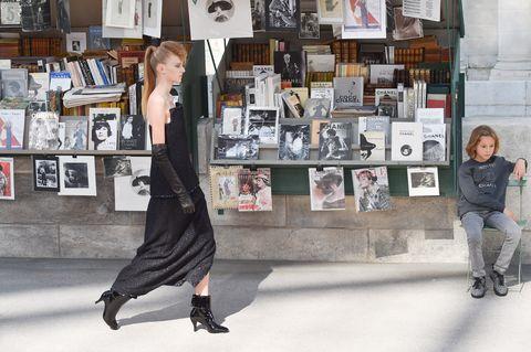 Street fashion, Fashion, Snapshot, Footwear, Fashion design, Dress, Photography, Shopping, Retail, Shoe,