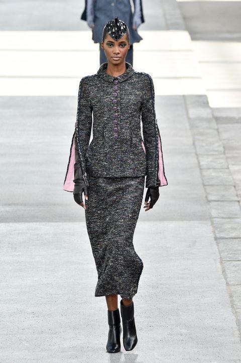 Fashion, Fashion show, Fashion model, Runway, Clothing, Haute couture, Human, Shoulder, Dress, Street fashion,