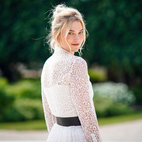 Hair, Photograph, White, Clothing, Dress, Shoulder, Beauty, Fashion, Blond, Street fashion,