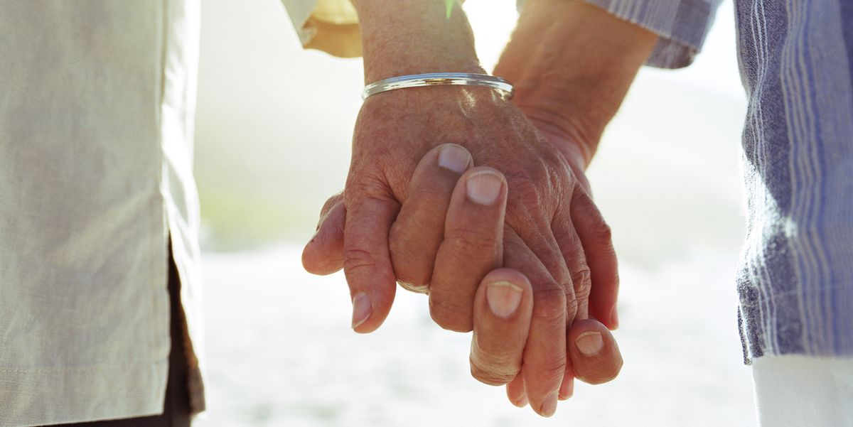 4 beautiful lessons we can learn about loneliness from the elderly