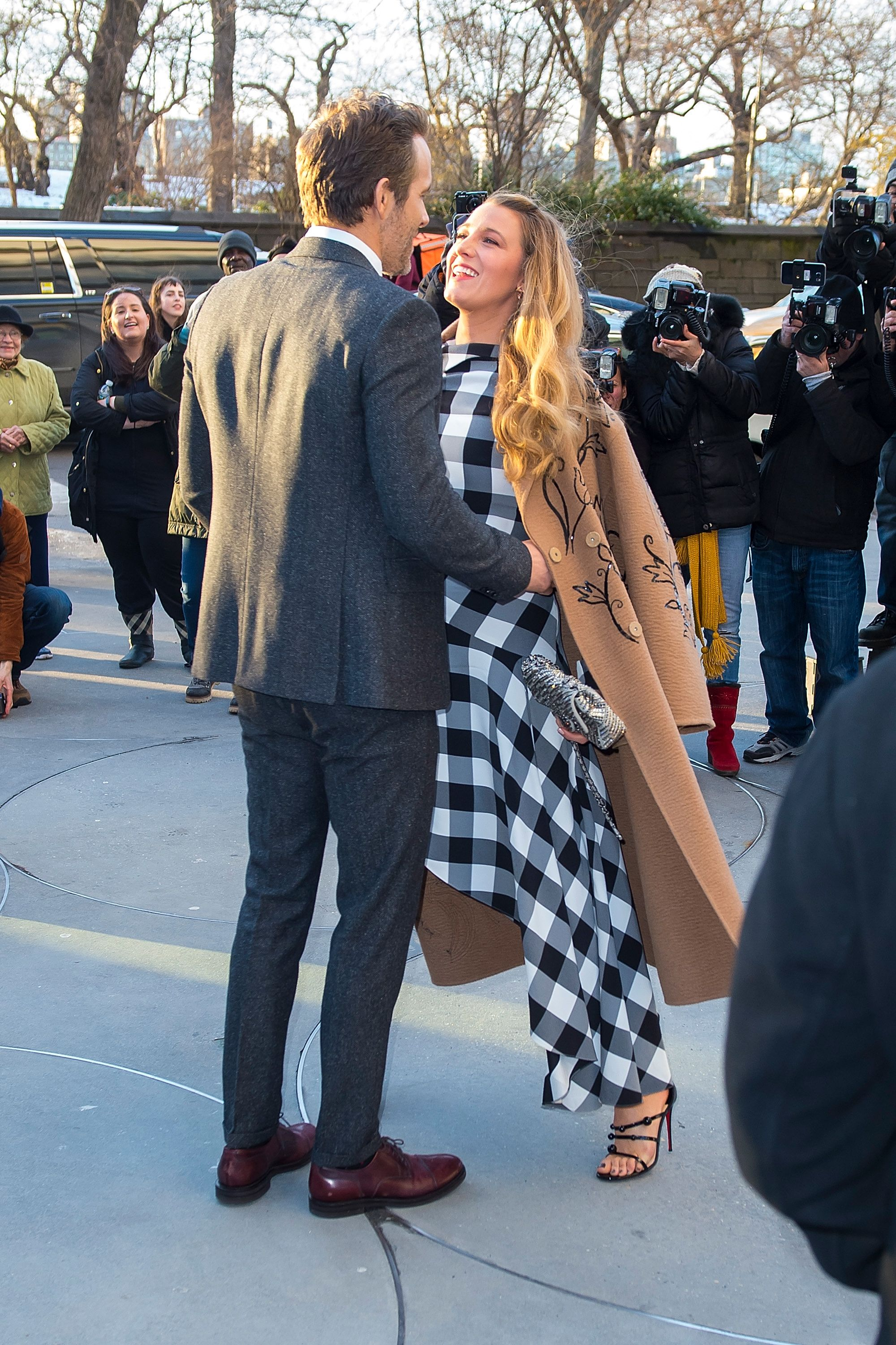 27035879 Blake Lively and Ryan Reynolds' 30 Best Couple Moments – Blake Lively and  Ryan Reynolds Red Carpet Couple