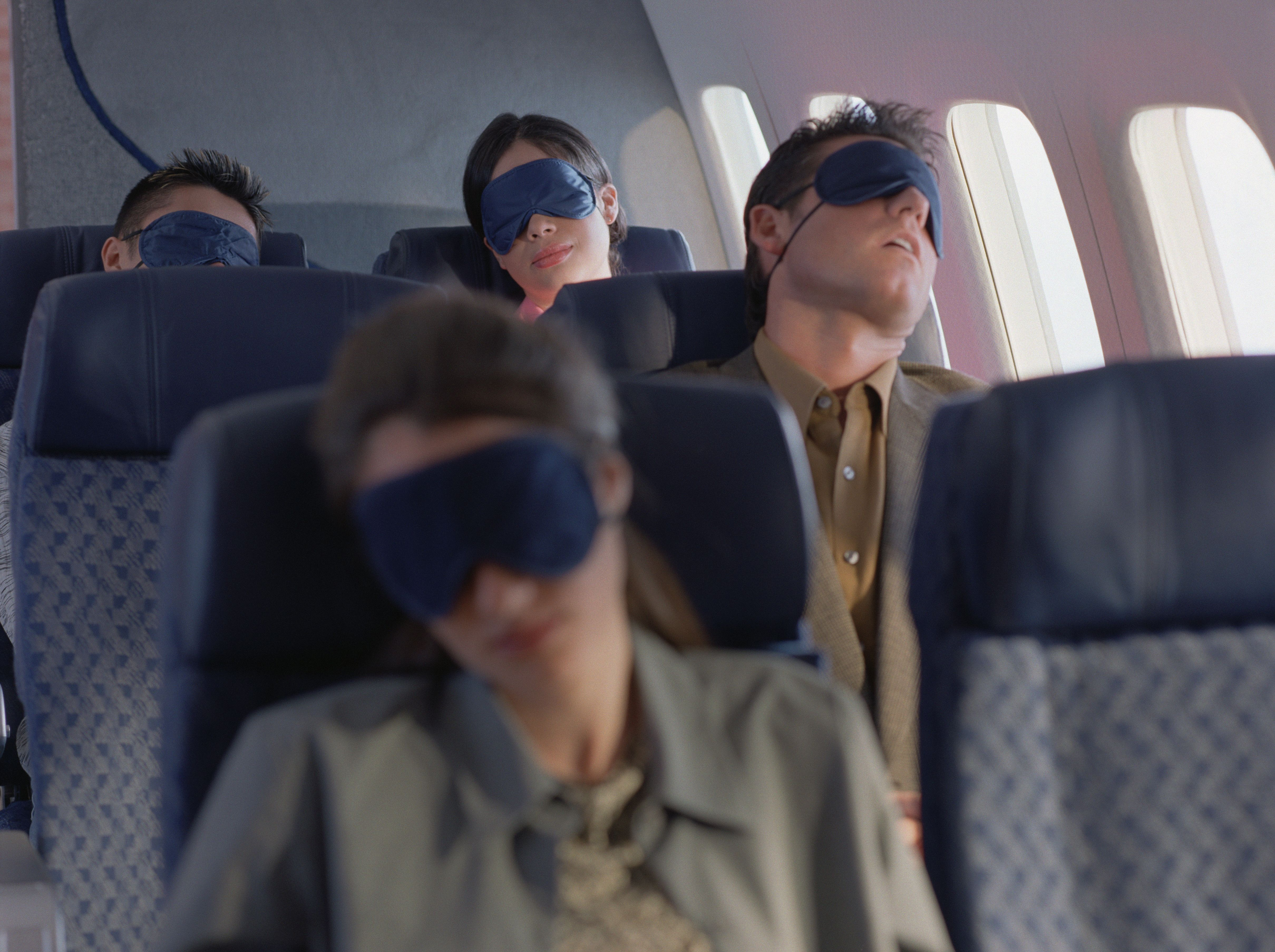 how to fall asleep quickly on a plane