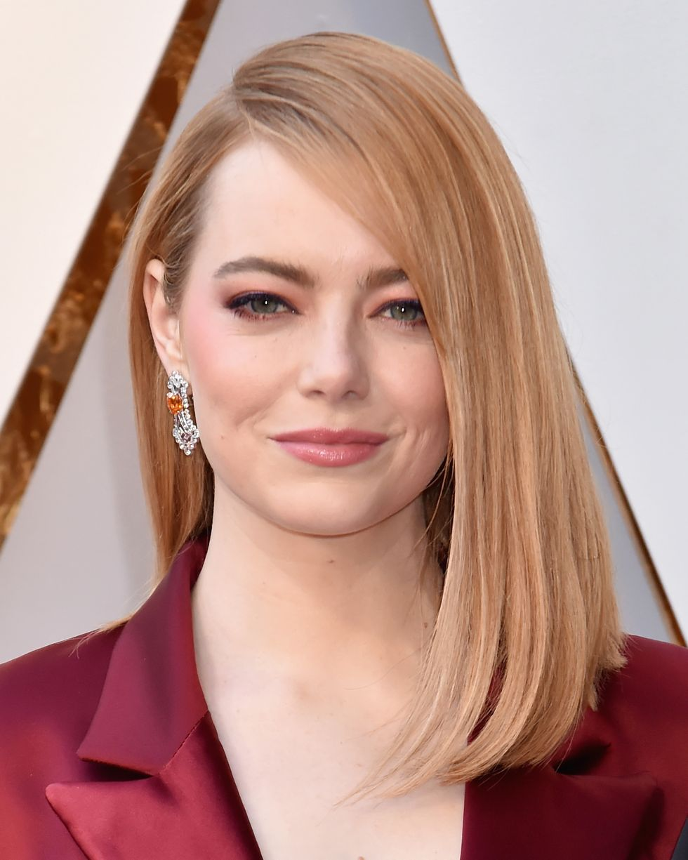 Emma Stone Wore Pants and a Blazer on the Oscars 2018 Red Carpet