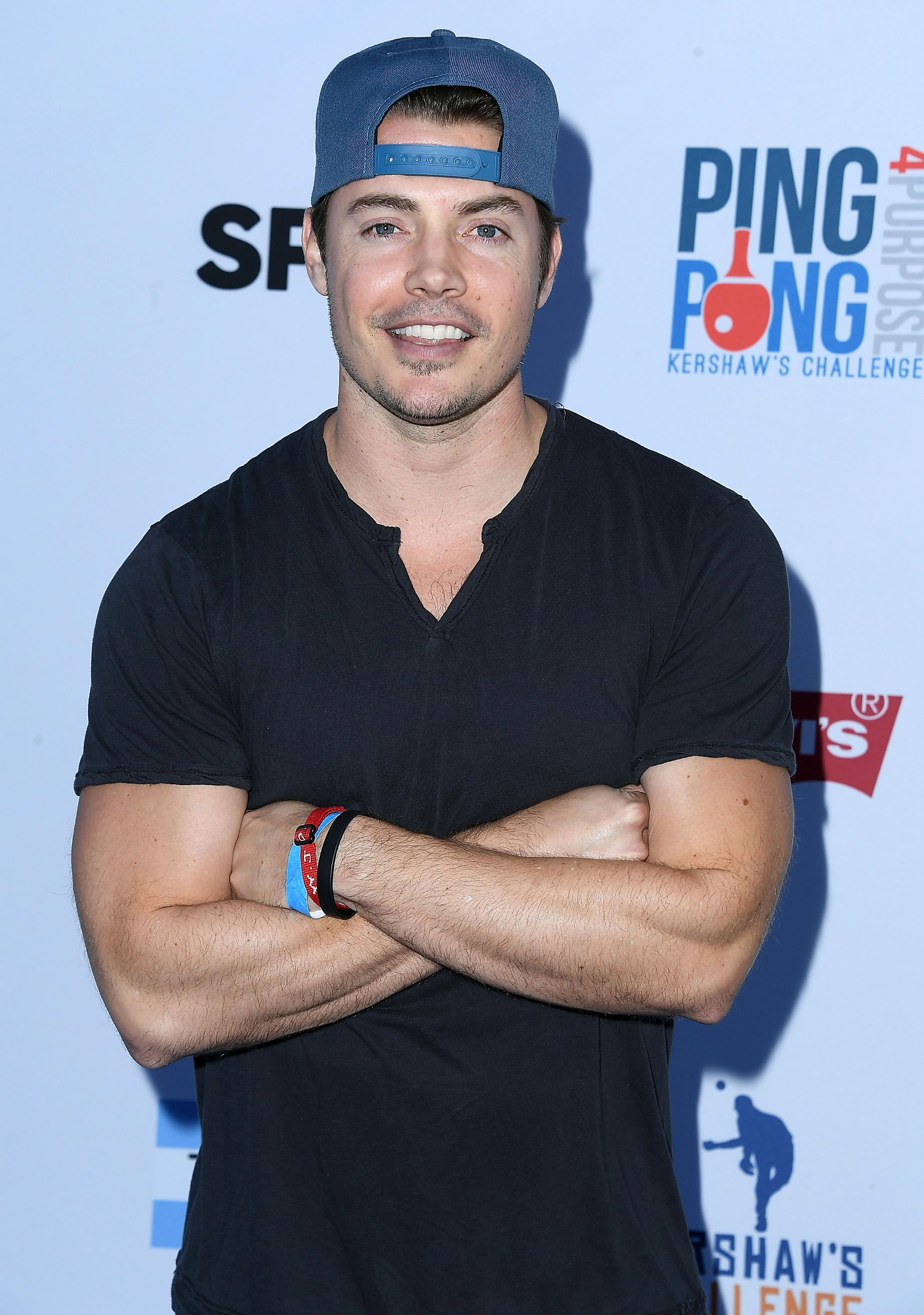 Josh Henderson Henderson found initial fame as a contestant on Popstars 2 , a sequel to Popstars , which gave us a few other people on this list. (Keep reading!)