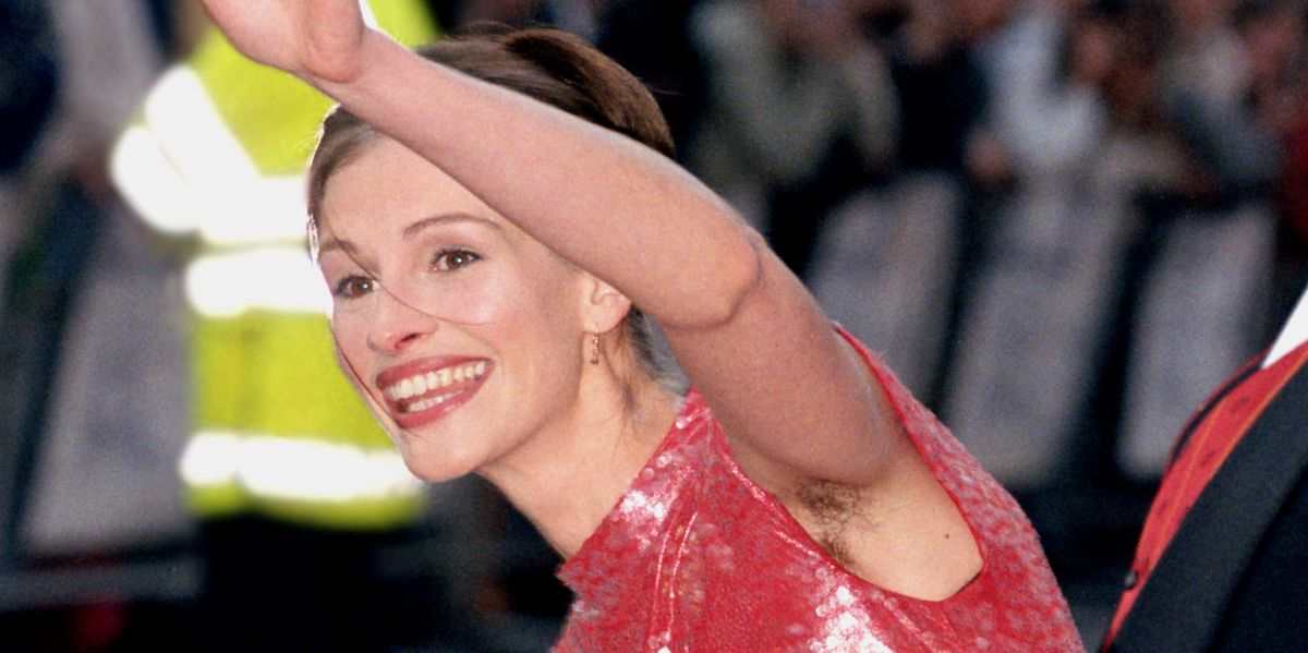 Julia Roberts Reflects On Her Famous Armpit Hair Reveal At The