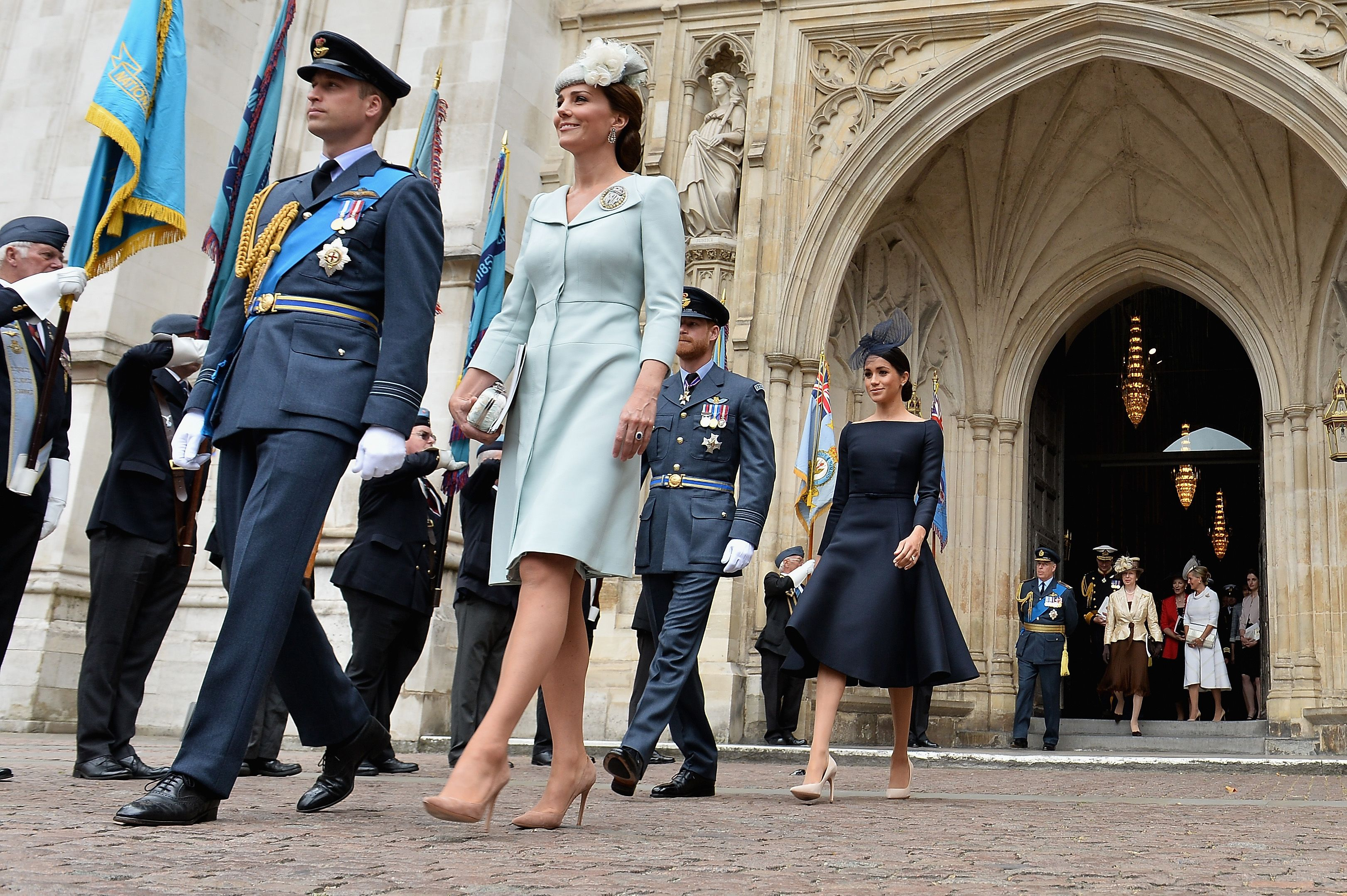 Miembros de la familia real asisten a eventos para conmemorar el centenario de la RAF
