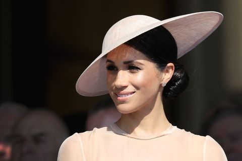 The Queen Invites Meghan Markle On Royal Train