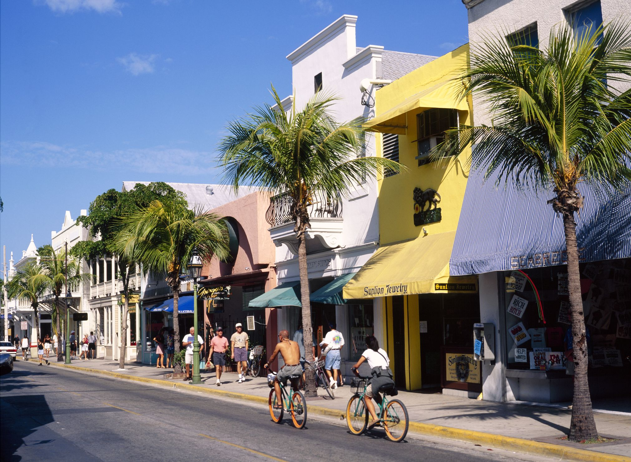 Walkable Beach Towns - Best Beach Towns