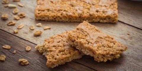 recept-gezonde-snack-pindakaas-banaan-energiereep