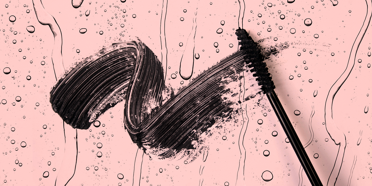 This Genius Trick to Removing Your Mascara Without Rubbing