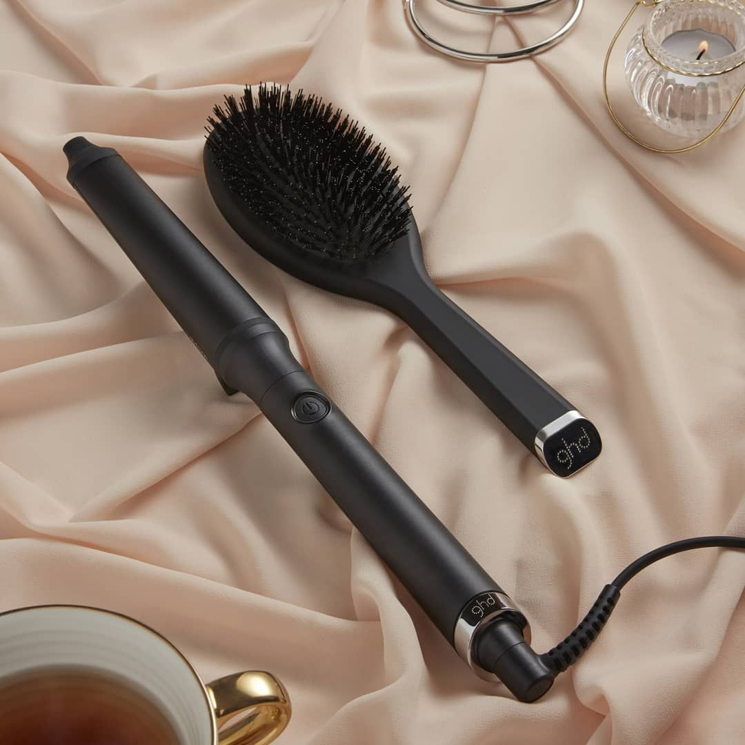 The Ghd Glide Hot Brush Is Back And In The Black Friday Sale