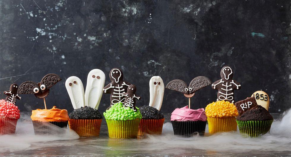 40+ Seriously Cute (and Creepy) Halloween Cupcake Ideas