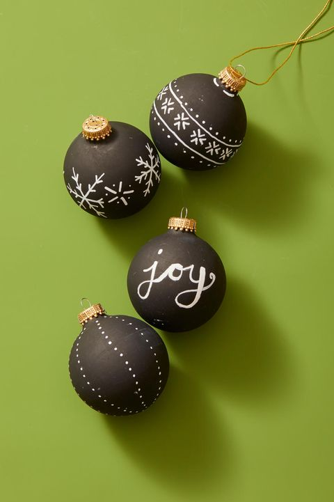 Christmas Crafts - Chalk Paint Ornaments